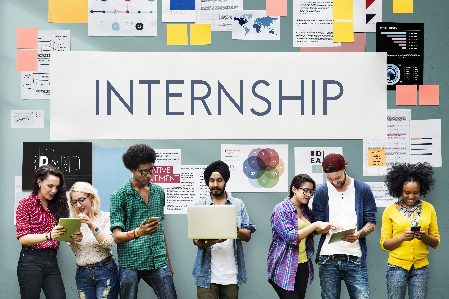 Know how to network to find an internship?